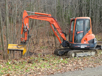 Custom brush cutting by Rossignol's Excavating